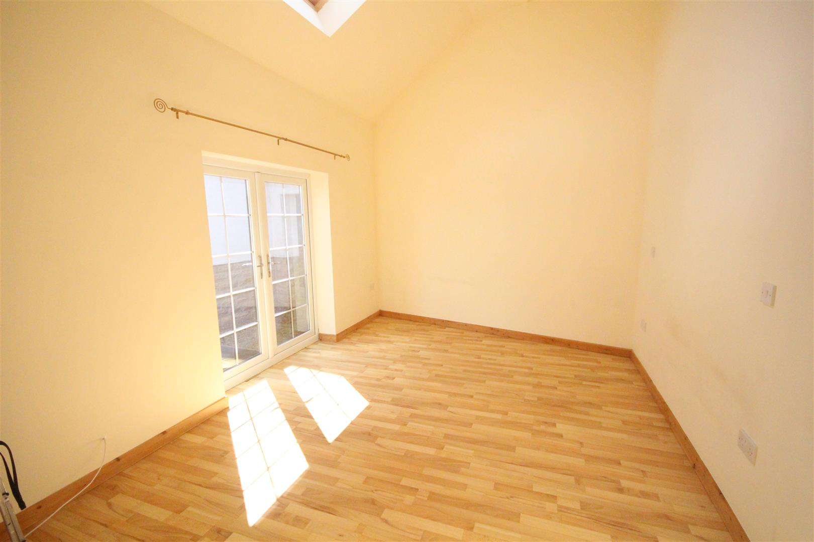 2 bedroom bungalow For Sale in Colne - IMG_3323.jpg